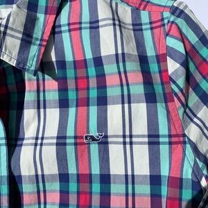 Vineyard Vines plaid button down shirt  Sz8